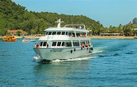 Boat From Phuket To Phi Phi by Phuket To Phi Phi Should You Go By Speedboat Or Ferry
