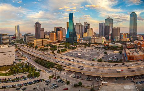 Victory Park Dallas, TX Apartments   SkyHouse Dallas