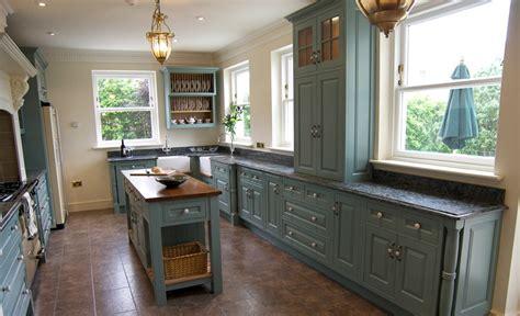 Matthew James Furniture, Edwardian Style Kitchen Farrow