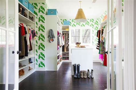 walk  closet  leaves wallpaper contemporary closet