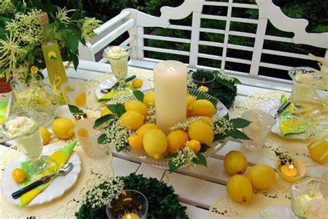 tischdeko selber machen sommer frische tischdeko f 252 r den sommer mit zitronen orangen