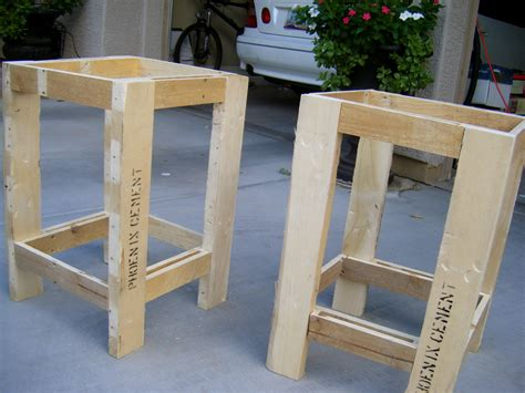woodwork pallet side table plans  plans
