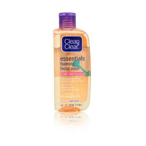 Harga Clean Clear Essentials clean clear essentials foaming wash 100ml thai