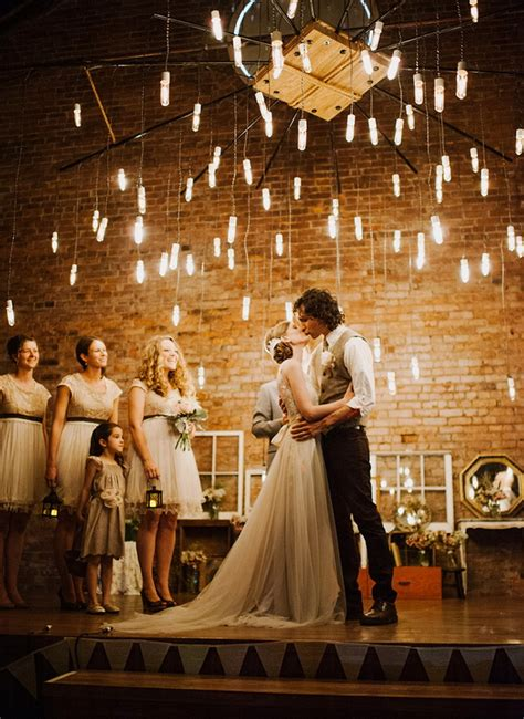 30 creative ways to light your wedding day tulle