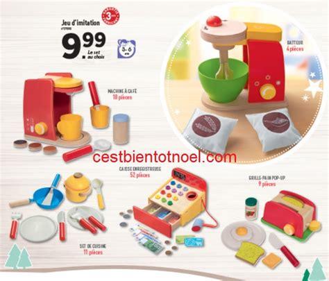 jouet cuisine en bois pas cher excellent les jouets en bois pas chers de lidl pour nol