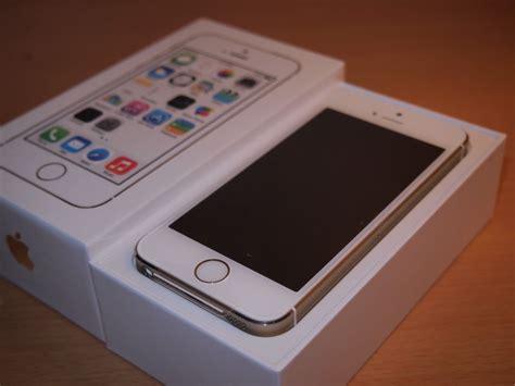 iphone 5s in iphone se ด ไซน เหม อน 5s มาพร อมกล อง 12mp และว ด โอ 4k