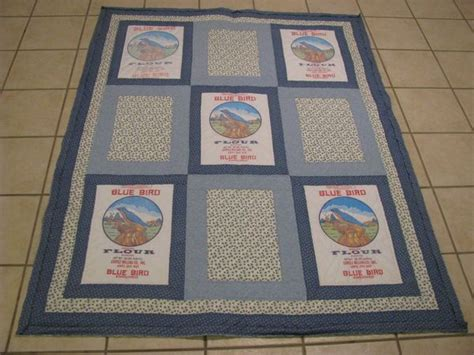 vintage flour  feed sack quilts images  pinterest feed sacks antique quilts