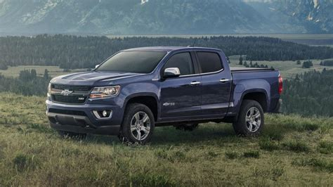 2018 Chevy Colorado, Silverado Centennial Editions Revealed