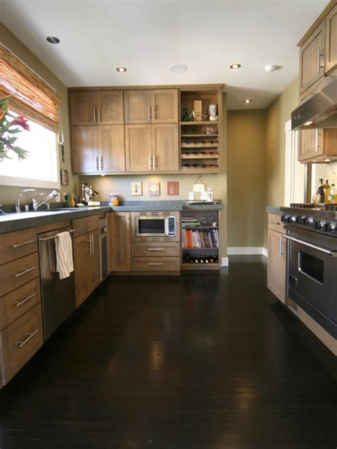 what color floor with dark cabinets kitchen cabinets with dark floors ideas home design