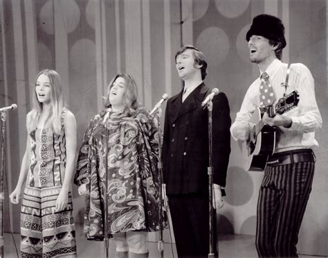 A Chat With Michelle Phillips Of The Mamas And The Papas