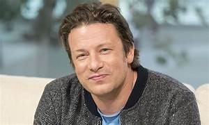 Jamie Oliver gets unrecognisable new hairstyle - see the ...  Jamie