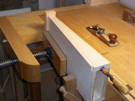 woodwork woodworking bench tail vise  plans