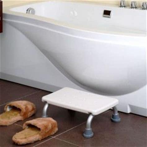 marche pied salle de bain comparer 42 offres