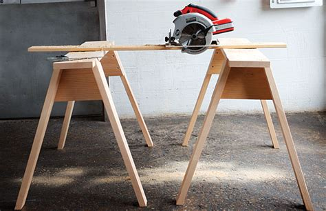 build sawhorses simple diy woodworking project