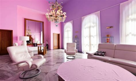 Grey and lavender bedroom, pink and purple painted room
