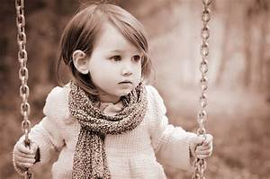 Little girl swing widescreen hd wallpapers large hd for Pics of small little girls