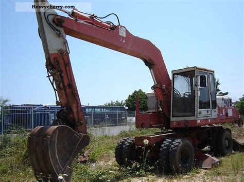 case poclain  pb  mobile digger construction equipment photo  specs