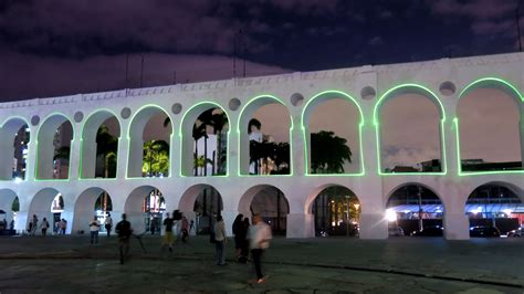 SuperUber — City Contours: tracing Lapa Arches   SuperUber