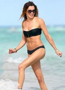 Katie Cassidy Height Weight Bra Size Body Measurements ...