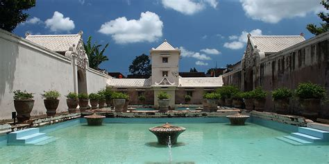 taman sari yogyakarta wisata taman air   rental