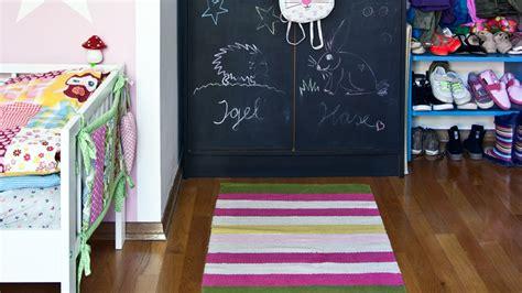 tappeti a righe tappeti a righe eleganti complementi d arredo dalani e