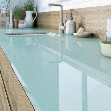 plan de travail cuisine en verre plan de travail sur mesure verre laqué bleu baltique ep