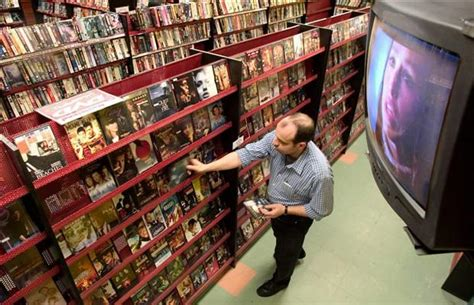 ma  pa video stores fight  survive   dying market