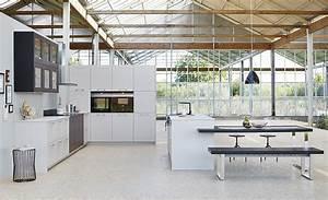 Moderne Landhausküche Weiß : landhausk chen k chenbilder in der k chengalerie ~ Markanthonyermac.com Haus und Dekorationen