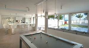 Minimal Modern Beachhouse Game Room Stainless Steel