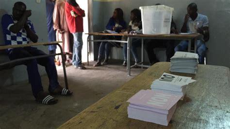organisation bureau de vote r 233 f 233 rendum au s 233 n 233 gal le point sur la mobilisation 224 la mi journ 233 e rfi