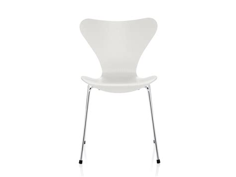 buy the fritz hansen series 7 chair at nest co uk