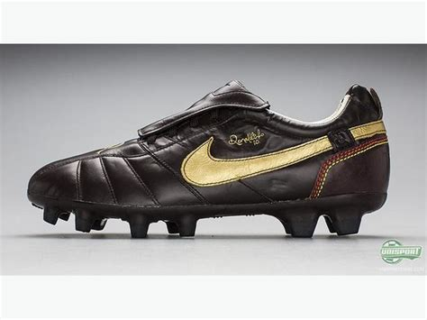 Boat Cleats Ottawa by Nike Tiempo R10 Size 10 Ronaldinho Cleats Great Condition