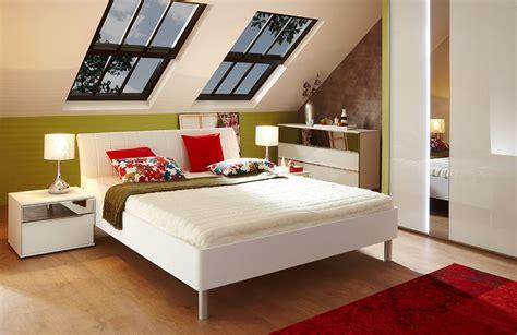 Sofa Unter Dachschräge by Wohnen Mit Dachschr 228 M 246 Bel Magazin