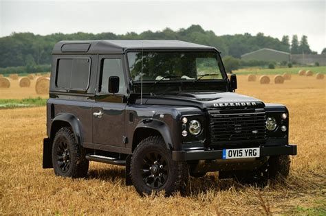 range rover defender land rover defender 90 2015 review pictures auto express