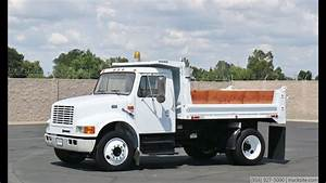 2000 International 4700 5 Yard Dump Truck