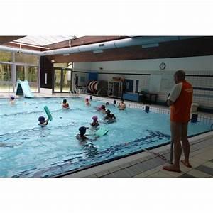 Horaire Piscine Petit Couronne : piscine d 39 emerainville horaires tarifs et t l phone ~ Dailycaller-alerts.com Idées de Décoration