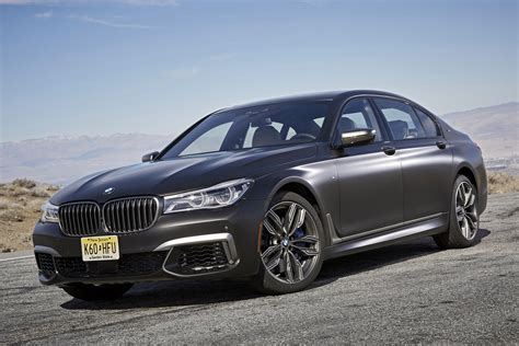Caraganza Review 2017 Bmw 760i Xdrive Not Just Another