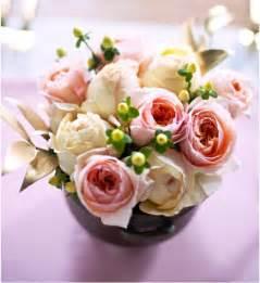 Kleine Weiße Vasen : tischdeko mit blumen 110 gestecke zum selbermachen ~ Michelbontemps.com Haus und Dekorationen