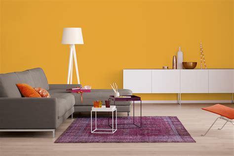 Orange Wandfarbe by Innenfarbe In Orange Gelb Streichen Alpina Farbrezepte