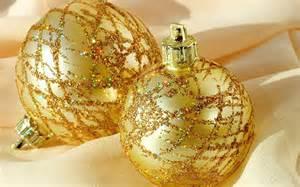 golden christmas decorations christmas photo 22230518 fanpop