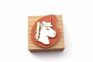 Porte Clef Licorne : porte clef licorne en fimo perles co ~ Teatrodelosmanantiales.com Idées de Décoration
