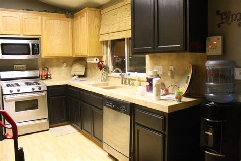 kitchen paint colors with cabinets combination