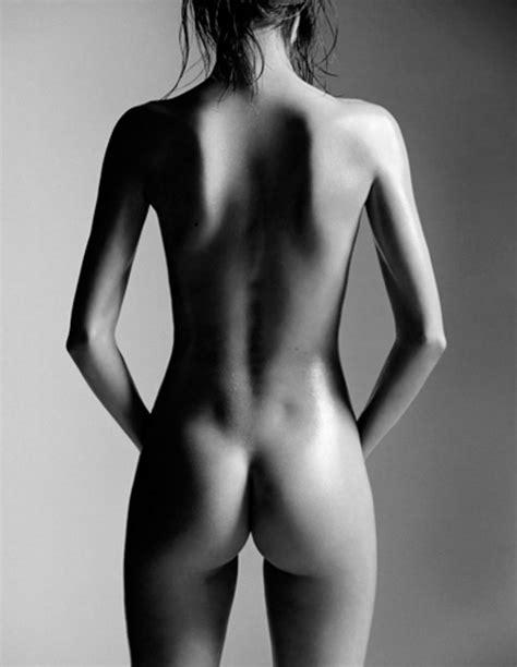 Miranda Kerr Hot Nude Photoshoot By Laurent Darmon Hole Tube