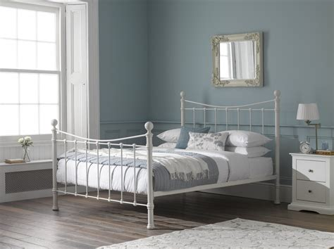 redesign  bedroom colour scheme