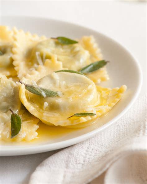 pasta ravioli fillings jan 14 ravioli a la greve spinach ravioli vineyard and homemade