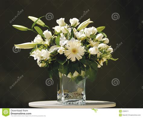 Flowers In Vase Stock Image. Image Of Clear, Daisies