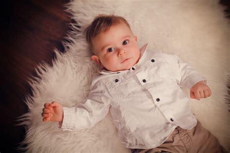 bebe 6 mois assis photographe b 201 b 201 caen flers s 201 ance photo studio b 201 b 201