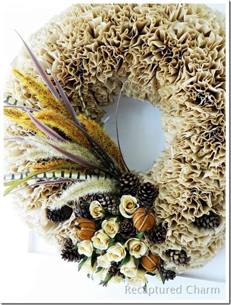I'm not a crafty person. 31 Days of Fall Inspiration: Favorite Fall Wreaths