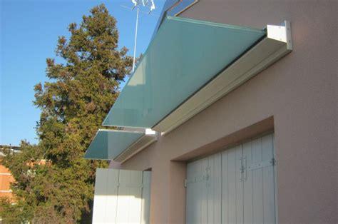 tettoie moderne parapetti e ringhiere in ferro per esterni a treviso