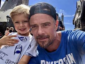 Josh Duhamel Says Son Axl Doesn't Own An Electronic Tablet ...